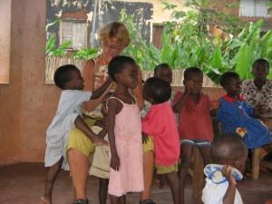Volontaire dans un orphelinat (1)